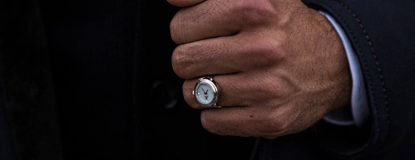 de Caron Silver watch ring with mother of pear dial.
